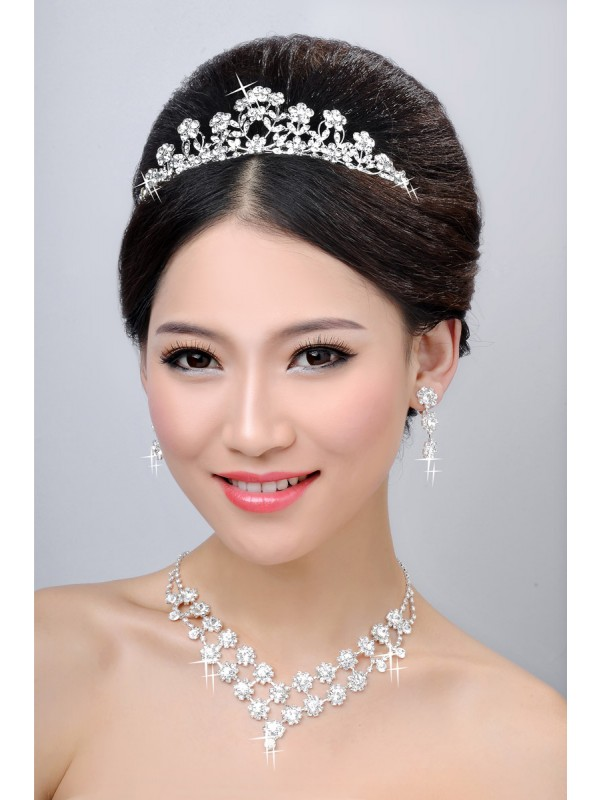 New Style Alloy Clear Cristallos Flower Wedding Party Earrings Set