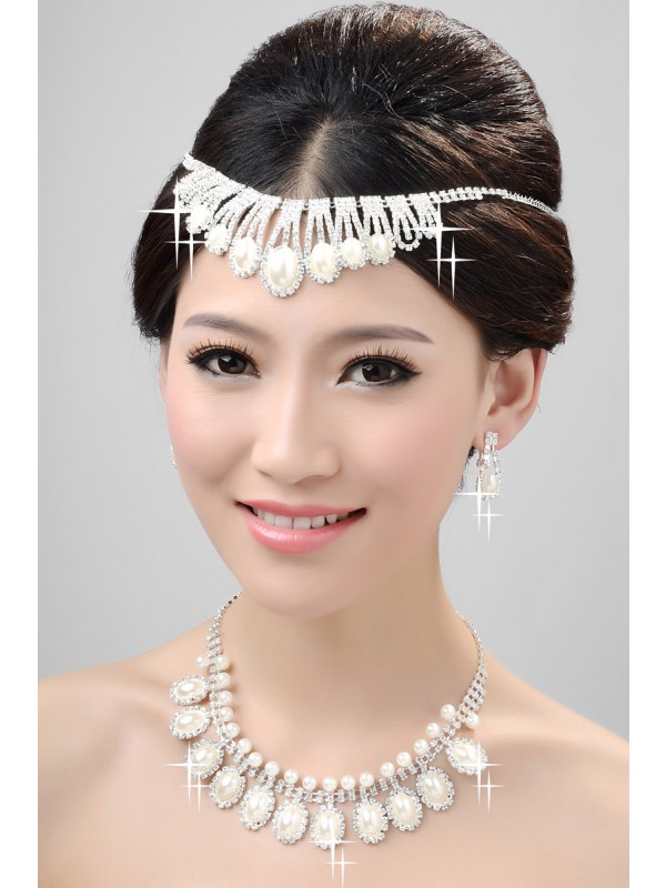Nice Alloy Clear Cristallos Wedding Party Earrings Set