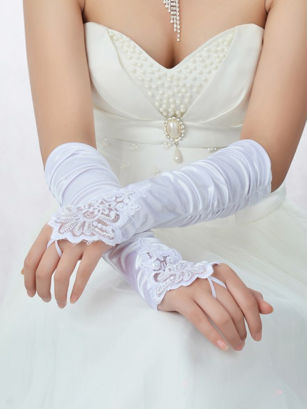 Romantic Pizzo Raso Perline Bridal Gloves