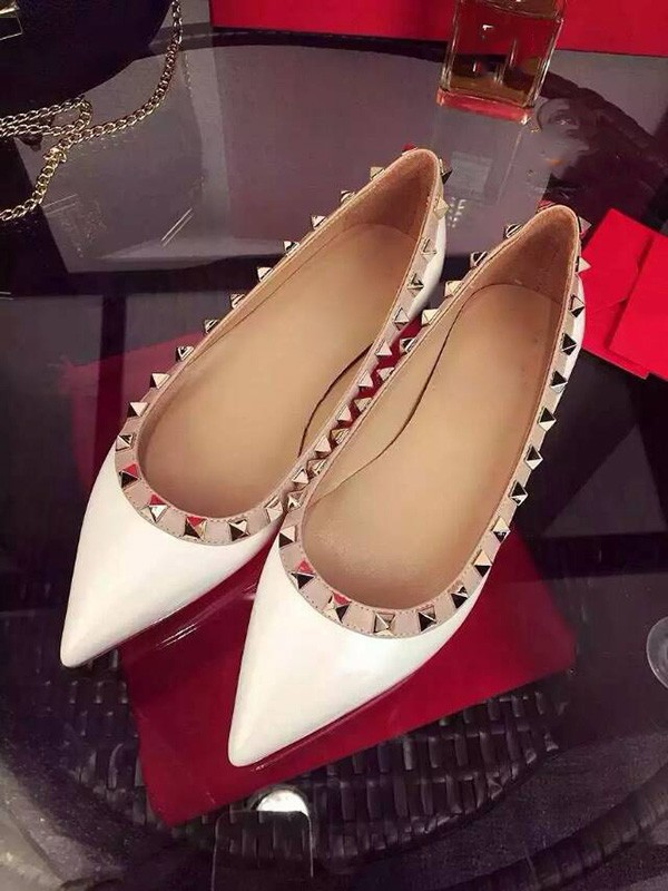 Bianco Flat Heel Sheepskin Closed Toe With Rivet Party Casual Flat Shoes